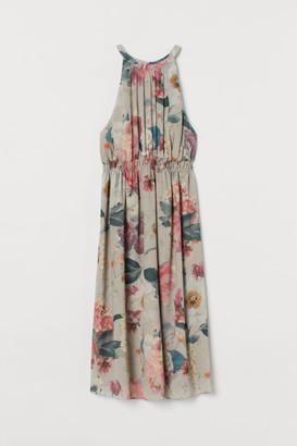 H&M MAMA Chiffon dress