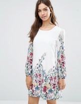Yumi Long Sleeve Shift Dress In Garden Print