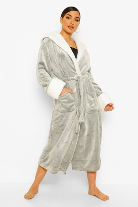 boohoo Supersoft Fleece dressing gown With Contrast Collar