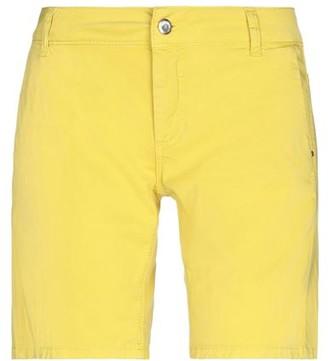 Relish Bermuda shorts