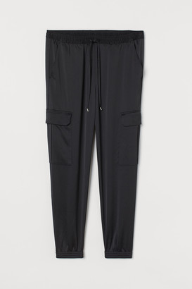 H&M H&M+ Satin cargo trousers