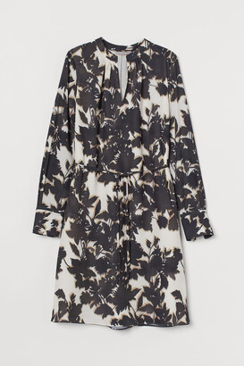 H&M Tie-detail Dress - Beige