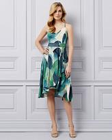 Le Château Abstract Print V-Neck Dress