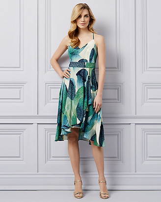 Le Château Abstract Print V-Neck Dress