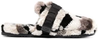 UGG Fluff slippers