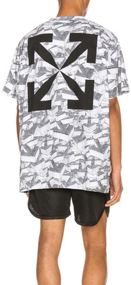 Off-White Arrows Pattern Over Tee in All Over | FWRD