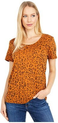 Three Dots Printed Pocket Boy Short Sleeve Tee (Washed Leopard Print) Women's Clothing