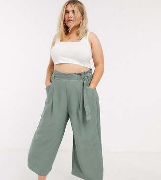 Vero Moda Curve culottes with paperbag waist in green