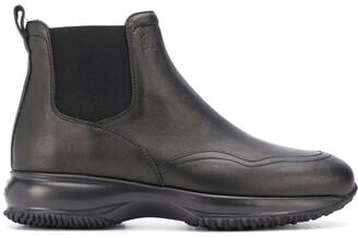 Hogan Logo-Debossed Ankle Boots