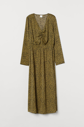H&M Patterned satin dress