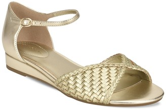 Bandolino Kendric Woven Sandal