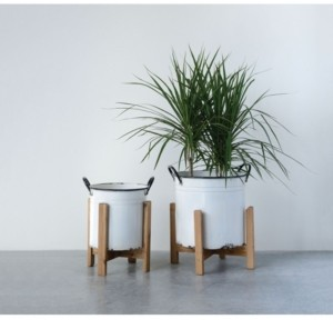 3R Studio White Planters on Wood Stands, Set of 2