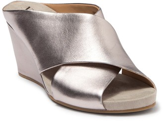 Nic+Zoe Leather Cross Strap Wedge Sandal
