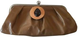 Marni Camel Patent leather Clutch bags