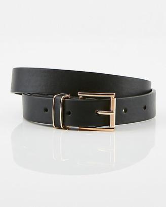 Le Château Faux Leather Skinny Belt