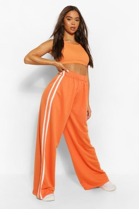boohoo Sports Stripe Wide Leg Jogger