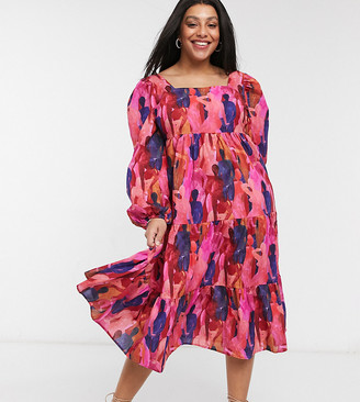 Never Fully Dressed Plus puff sleeve tiered smock dress in deep tone people print
