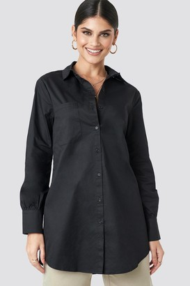 Milena Karl X NA-KD Oversized Cotton Shirt