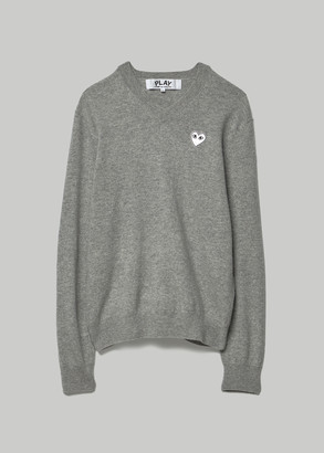 Comme des Garcons Men's White Heart V-neck Pullover in Light Grey Size Small 100% Wool