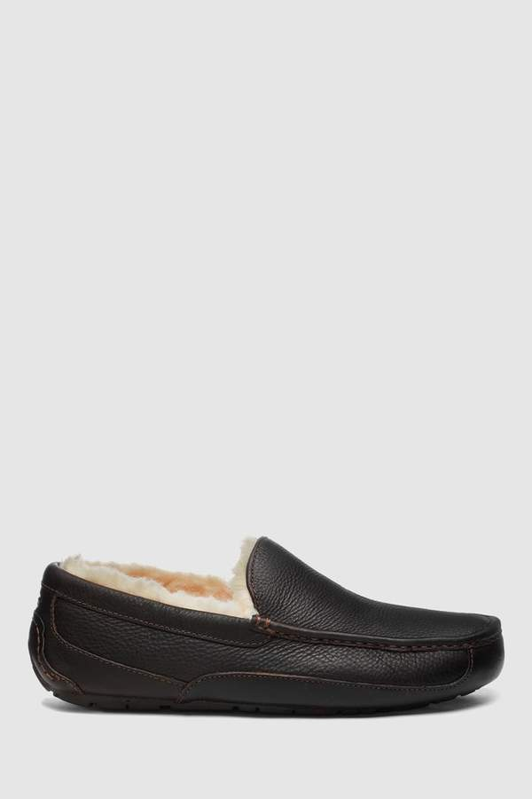 UGG Mens Brown Leather Ascot Moccasin Slipper - Brown
