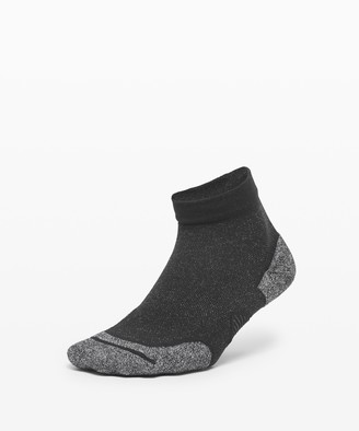 Lululemon Speed Ankle Sock *Silver