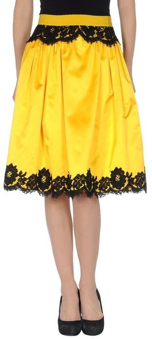 Moschino 3/4 length skirt