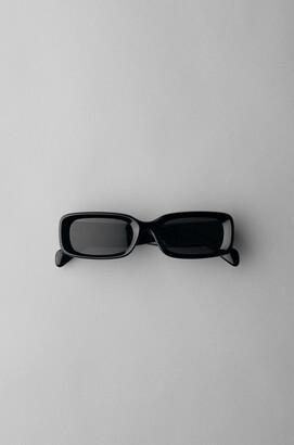 Weekday Cruise Squared Sunglasses - Black