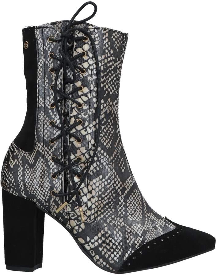 Cuplé Ankle boots - Item 11642999EK