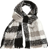 """Oasis BOUCLE CHECK SCARF [span class=""""variation_color_heading""""]- Black and White[/span]"""
