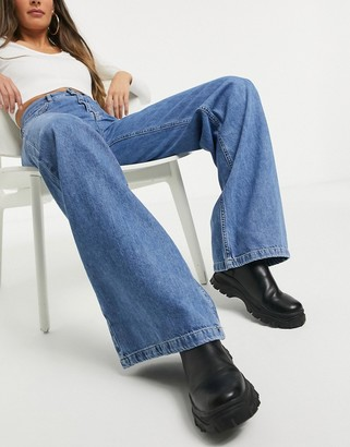 Stradivarius '90s wide leg jeans in blue