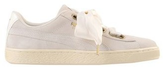 Puma SUEDE HEART SATIN WN'S Low-tops & sneakers