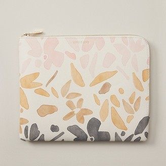 Love & Lore Love And Lore On The Go Pouch Malta Floral