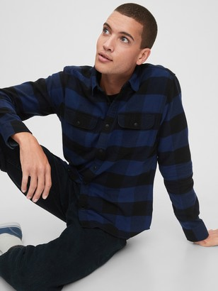 Gap Double Flap Pocket Flannel Shirt in Standard Fit