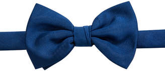 Ryan Seacrest Distinction Event Solid Pre-Tied Bow Tie