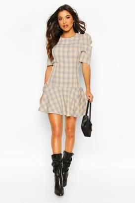 boohoo Puff Sleeve Check Drop Hem Dress