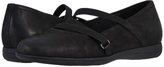 Trotters Della (Black) Women's Flat Shoes