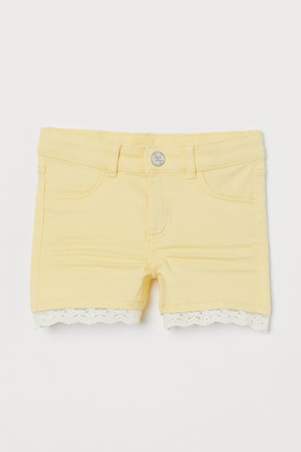 H&M Lace-trimmed Twill Shorts - Yellow