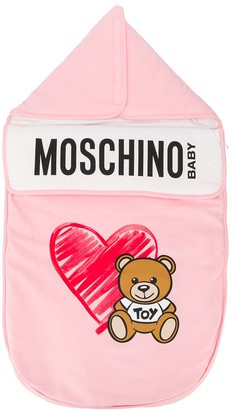 MOSCHINO BAMBINO Scribbled Heart And Toy Bear Print Sleeping Bag