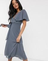 TFNC open back kimomo sleeve midi dress