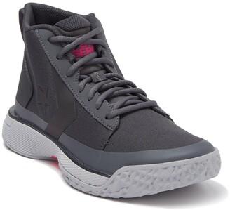 Converse Star Series BB Mid Sneaker