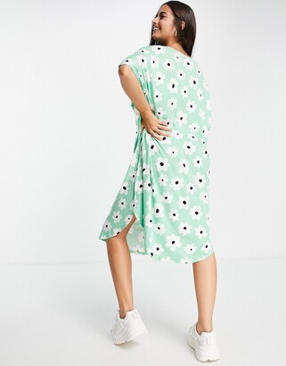 Monki Roma floral t-shirt dress in green