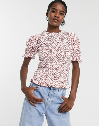 Glamorous relaxed short sleeve top in floral print