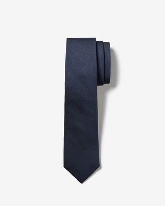Express Narrow Textured Tie