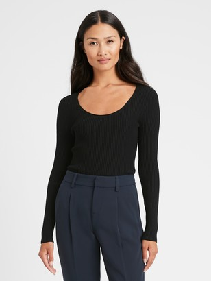 Banana Republic Fitted Scoop-Neck Sweater Top