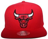 Mitchell & Ness Men's Chicago Bulls Snapback Hat O/S