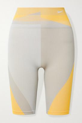 Nike Icon Clash Color-block Dri-fit Stretch-knit Shorts - Pastel orange