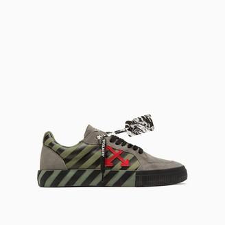 Off-White Low Vulcanized Sneakers Omia085e20lea001