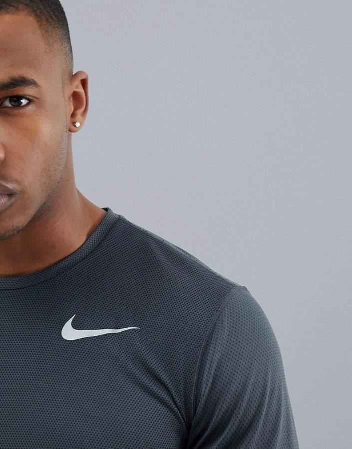 Nike Running Zonal Cooling Relay Long Sleeve T-Shirt In Grey 833585-060