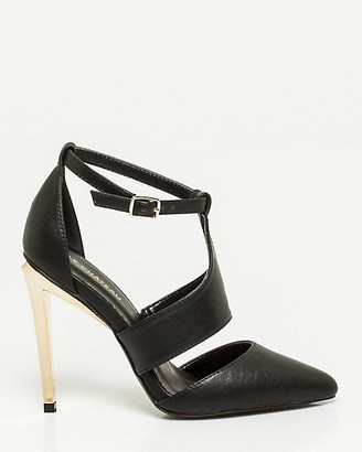 Le Château Faux Leather T-Strap Pump