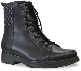 Munro American Tessa Lace-Up Bootie